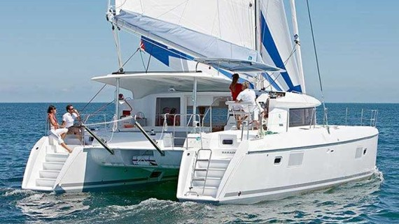 Whitsundays Yacht Charter - Charter World Yachting Holidays